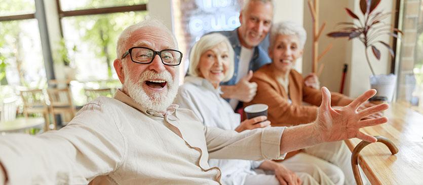 Cómo mejorar la autoestima en los adultos mayores - Centro